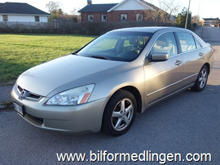 Honda Accord 2.4 Sedan 160hk Aut 2003