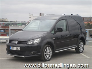 Volkswagen Caddy Cross 2.0 TDI 140hk 4Motion Dieselvärm Dragkrok