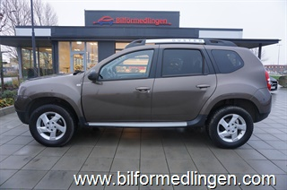 Dacia Duster 1.2 4x2 125hk Limited Edition Black Shadow Navi 1 Ägare Svensksåld