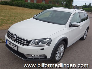 Volkswagen Passat Alltrack 2.0 TDI BlueMotion Technology 4Motion 177hk Aut Skinn Dragkrok Leasbar