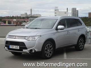 Mitsubishi Outlander 2.0 Plug-in Hybrid 4WD Business, Summit, Navi, Skinn, Momsbil, Leasbar 2015