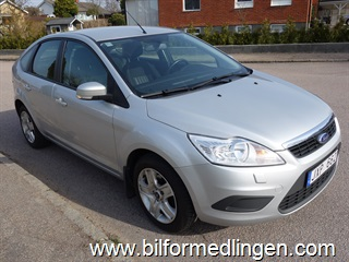 Ford Focus 1.6 Trend 5dr 100hk 2010