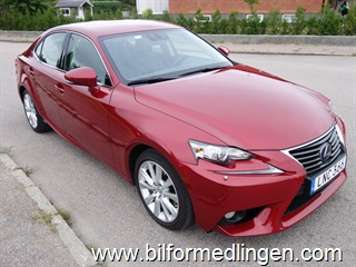 Lexus IS 300h 181hk Executive Aut