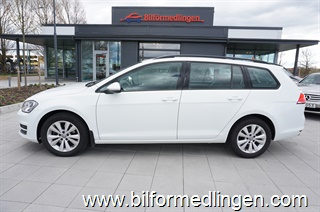 Volkswagen Golf VII 1.6 TDI BlueMotion Sportscombi 110hk Style ParkPilot Svensksåld Apple carplay 2016