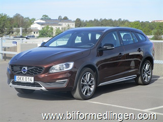 Volvo V60 D4 Cross Country Summum Business Advanced 2017