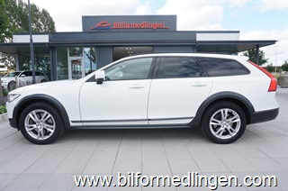 Volvo V90 D4 Cross Country AWD 190hk Momsbil Aut Kinetic 1 ägare VOC Drag Adaptiv farth Svensksåld 2017