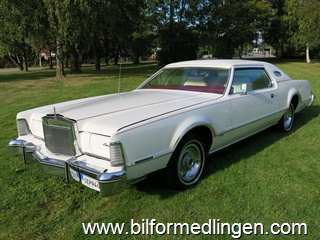 Lincoln Continental Mark IV 460 V8 7.5 L / Lipstick Edt.