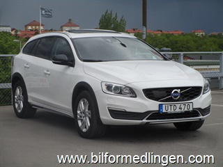 Volvo V60 D4 Cross Country AWD 190hk Summum Business Advanced 2017
