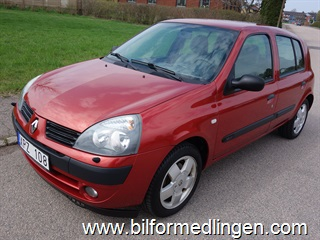 Renault Clio II 1.2 16v 5dr 75hk Authentique Dragkrok 2006