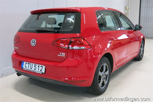 235285 Volkswagen Golf