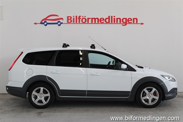 Ford Focus 1.6 TDCi 109Hk CrossCountry Värmare 2009